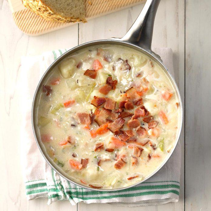 Potato And Leek Soup Exps Ssbz18 159425 C04 11  1b 4