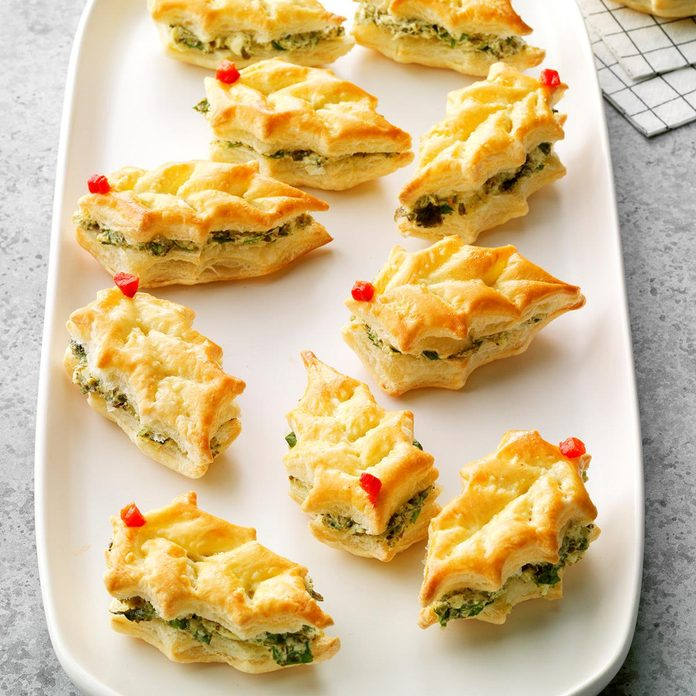 Puff Pastry Holly Leaves Exps Tohca20 27055 B07 25 4b 2