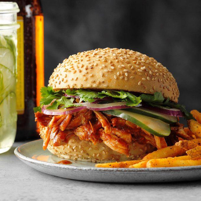 Pulled Pork Sandwiches Exps Scbz20 30968 E07 16 3b 2