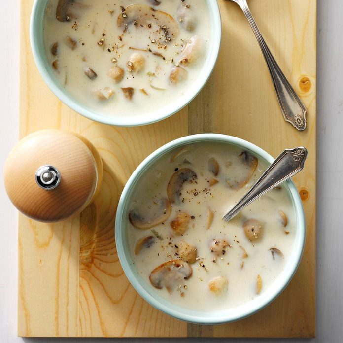 Quick Cream Of Mushroom Soup Exps Sdam17 11767 B12 02 8b 4