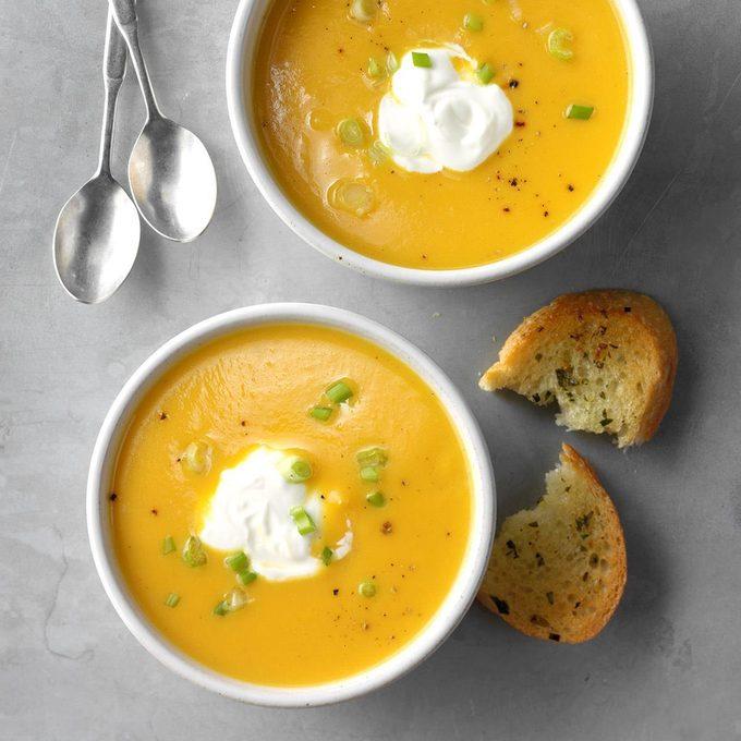 Quick Golden Squash Soup Exps Sdon18 35949 C06 14 12b 4