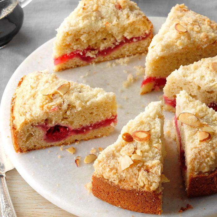 Raspberry Crumble Coffee Cake Exps Bmz18 2962 B12 15 3b