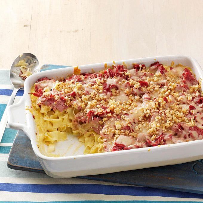 Reuben Noodle Casserole Exps39352 Tohcs2238730a12 20 3bc Rms 5