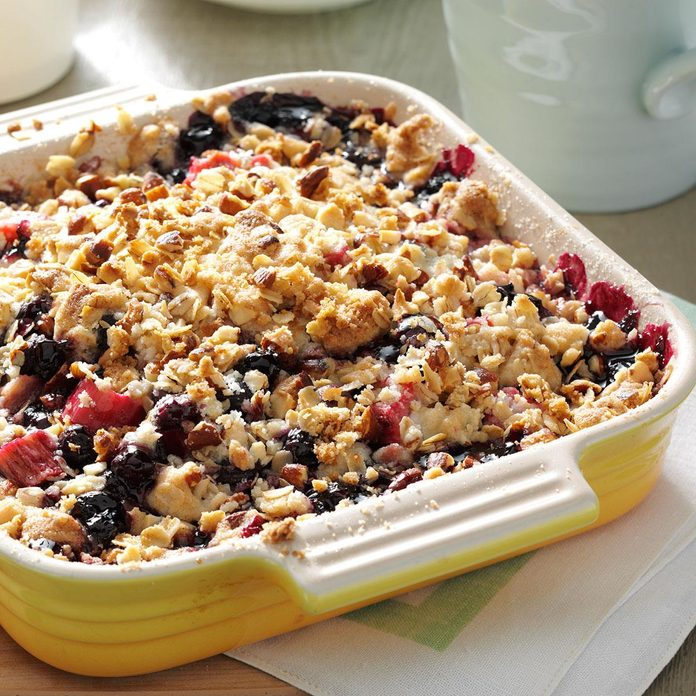 Rhubarb-Blueberry Crumble