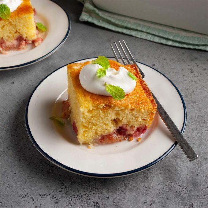 Rhubarb Custard Cake Exps Ft20 12577 F 0624 1 2