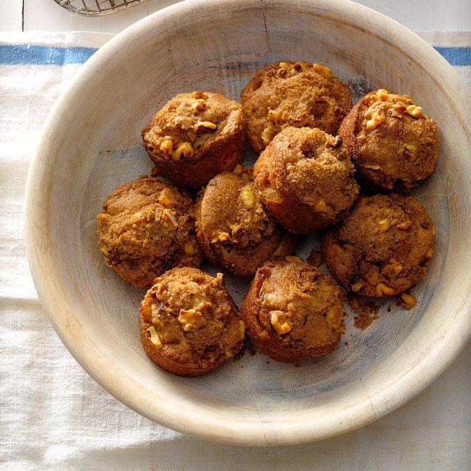 Rhubarb Nut Muffins Exps Cwam18 1555 B12 13 2b 7