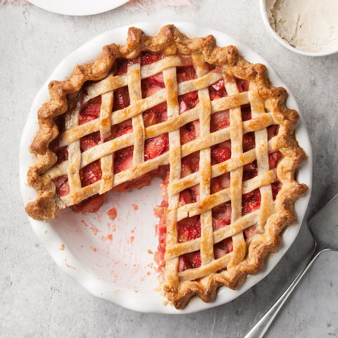 Rhubarb Strawberry Pie Exps Ft19 1277 F 0716 2 7