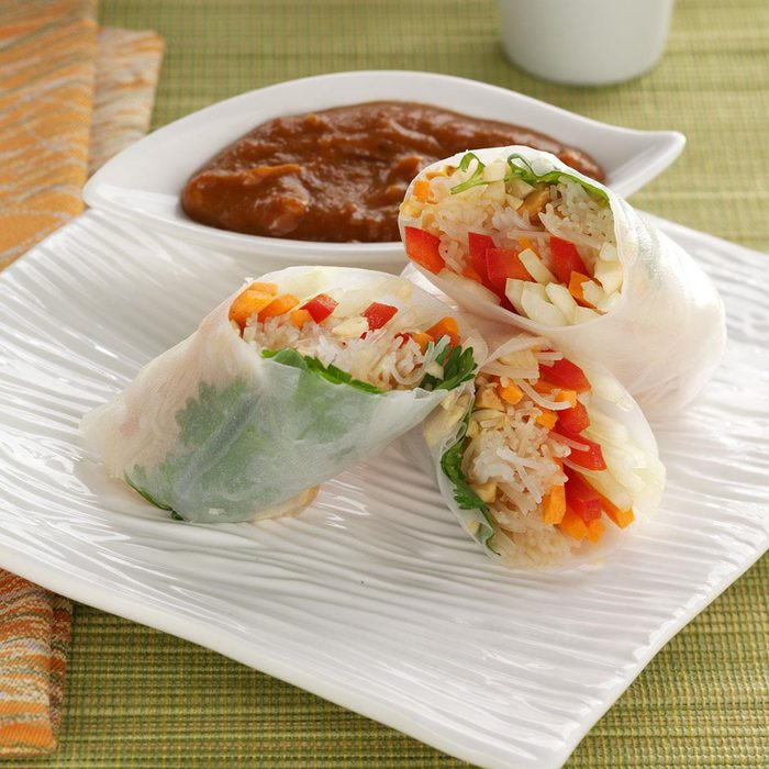 Rice Paper Rolls Exps136513 Th2236622a08 04 5b Rms