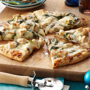 Rich Chicken Alfredo Pizza