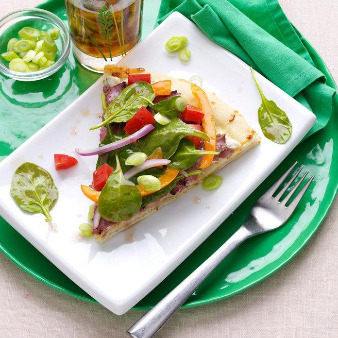 Roast Beef Tomato Sandwich Pizza Exps56383 Th2379800b04 27 5b Rms 2