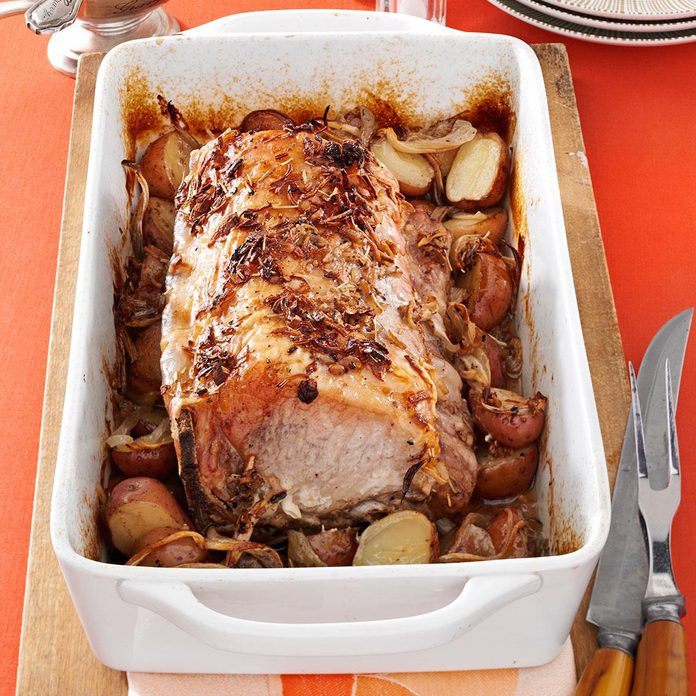 Roast Pork And Potatoes Exps1641 Rds2719782a05 14 5bc Rms 3