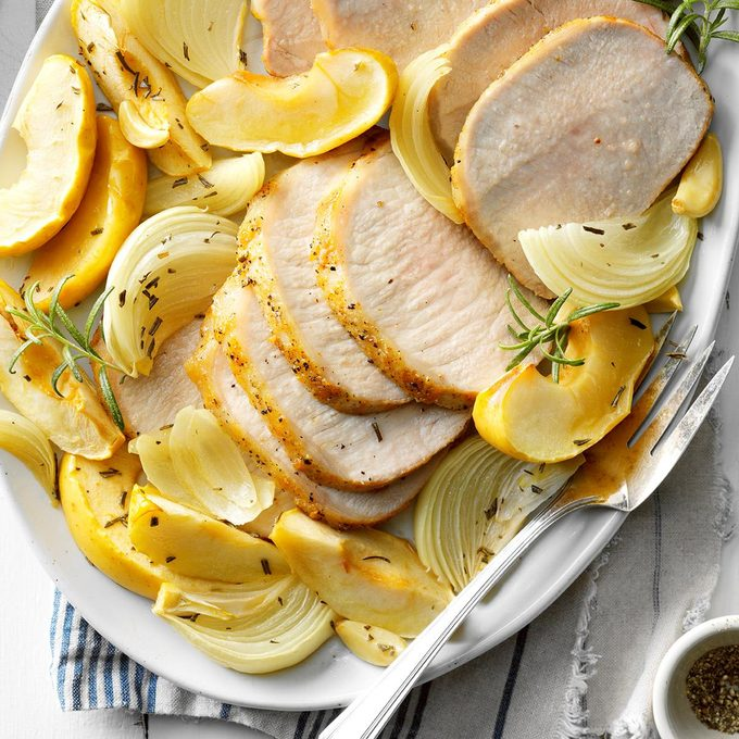 Roast Pork With Apples Onions Exps Sdas17 41727 B04 07 3b 8