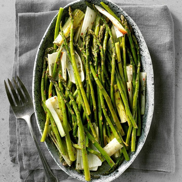 Roasted Asparagus And Leeks Exps Ft19 41058 C03 13 8b Rms 6