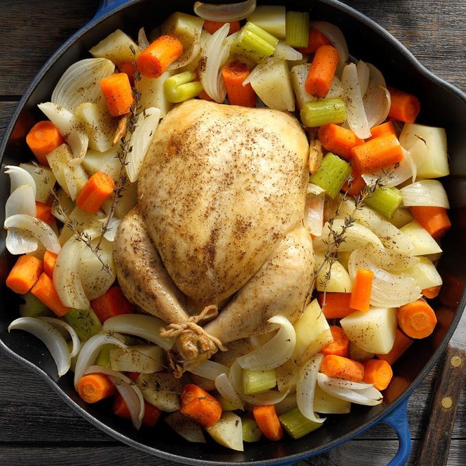 Roasted Chicken With Veggies Exps Cimzw19 30172 B09 12 4b