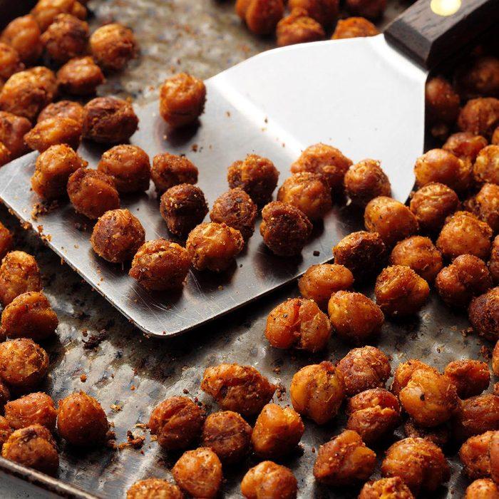 Roasted Curry Chickpeas Exps Tohca20 90839 E03 11 12b 3