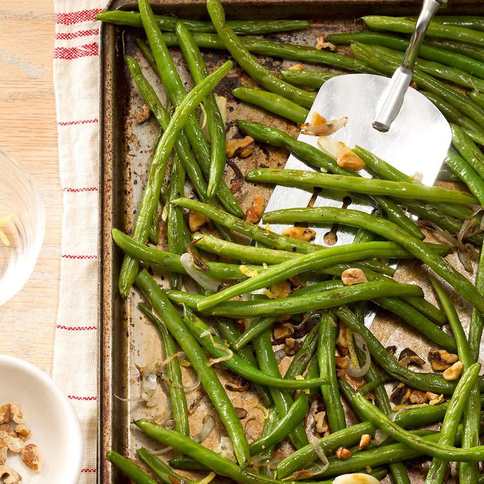 Roasted Green Beans With Lemon Walnuts Exps166677 Hck143243c08 29 6bc Rms 3