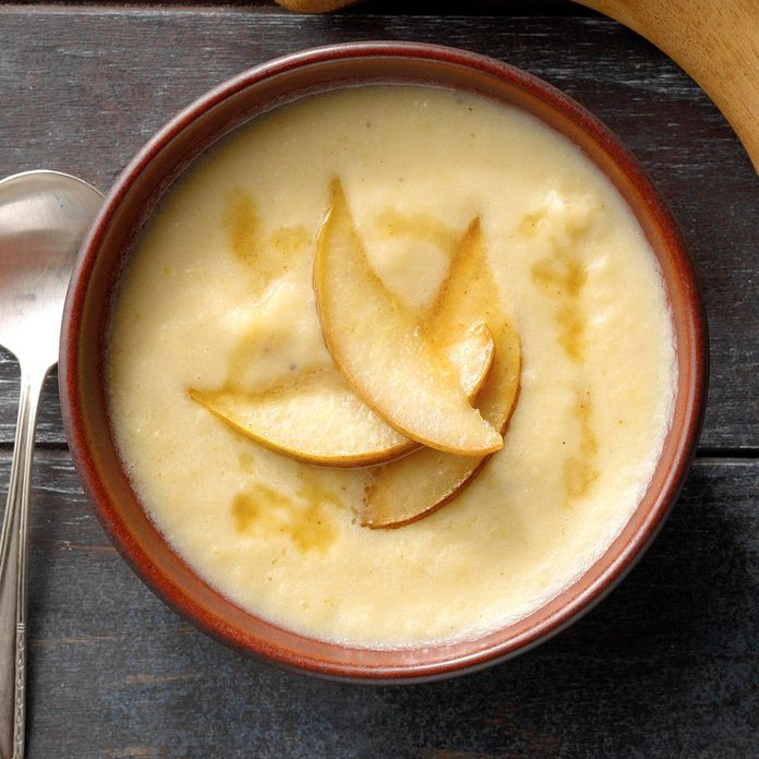Roasted Parsnip And Pear Soup Exps Dodbz20 135338 B07 28 3b 1