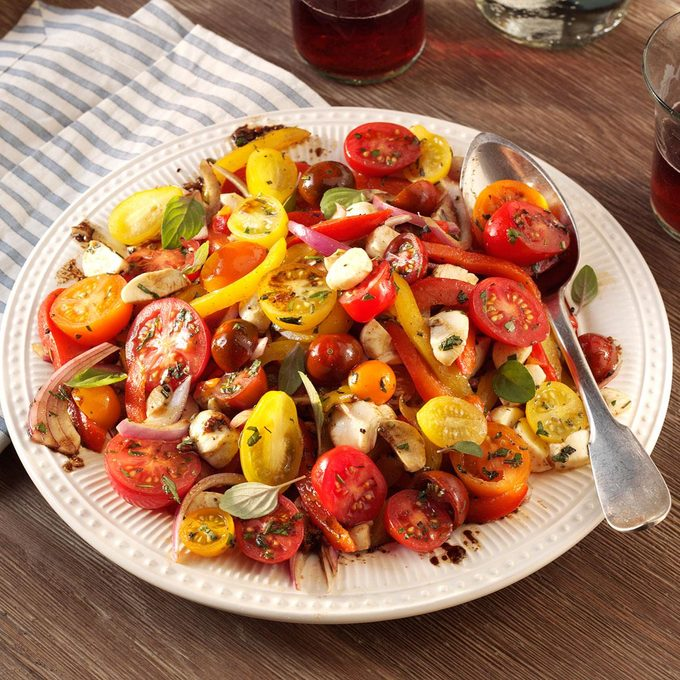 Roasted Pepper Salad With Balsamic Vinaigrette Exps132864 Th1999637a03 30 3bc Rms 2