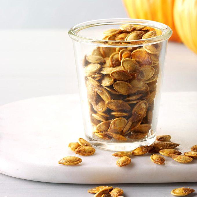 Roasted Pumpkin Seeds Exps Sdon17 34054 D09 30 1b 10