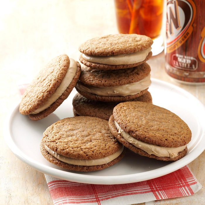 Root Beer Float Sandwich Cookies