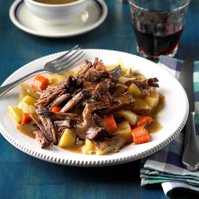 Root Vegetable Pot Roast  Exps Sdon17 203757 C06 30 4b 1