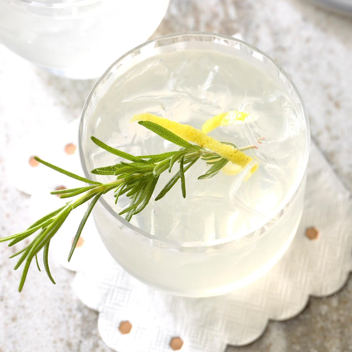 Rosemary & Thyme Lemon Cocktail