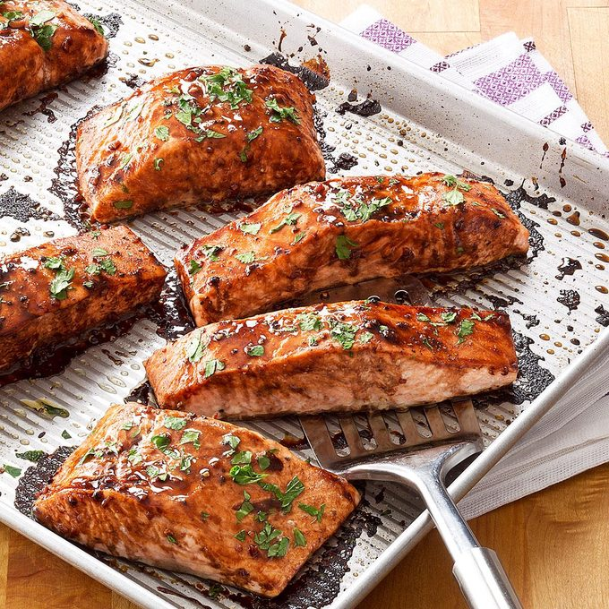 Salmon With Balsamic Honey Glaze Exps98885 Sd2856494c12 04 5bc Rms 1