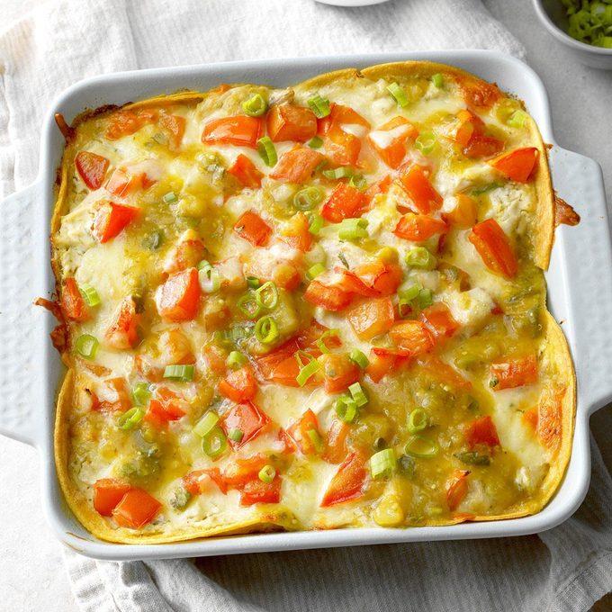 Salsa Verde Chicken Casserole Exps Opbz18 164054 B06 07 3b 3
