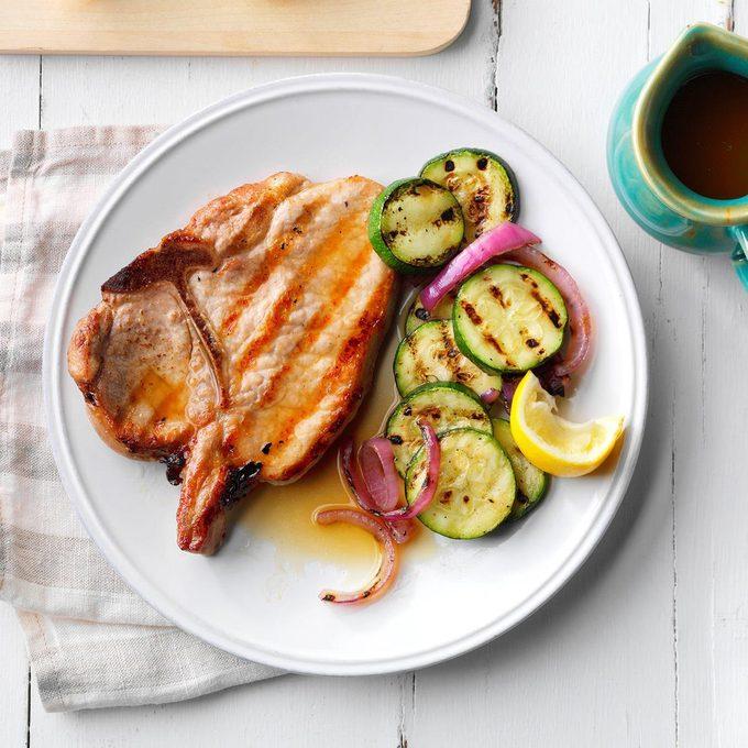 Saucy Grilled Pork Chops Exps Sdam19 92782 E12 11 4b 3