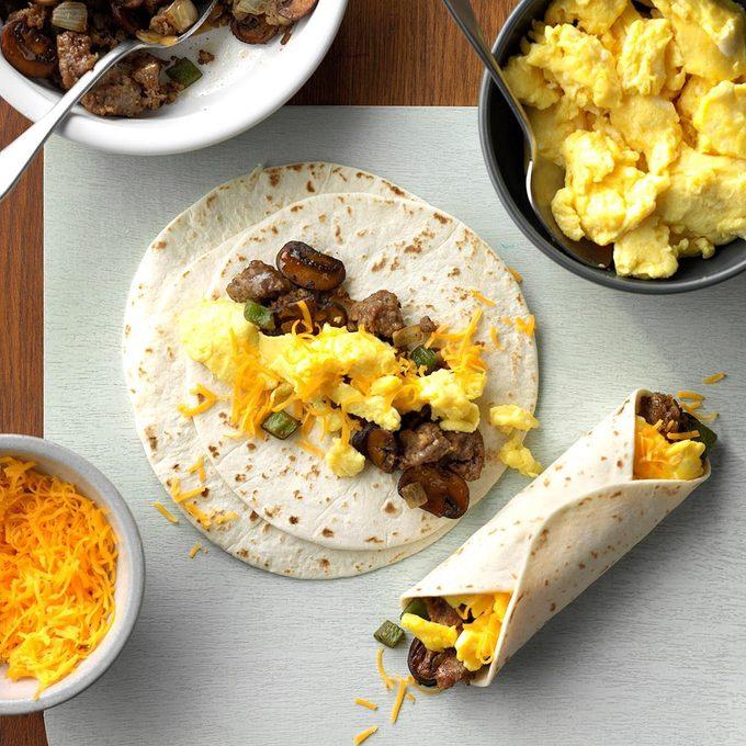 Sausage Breakfast Burritos Exps Sddj19 1760 C07 20 1b 5
