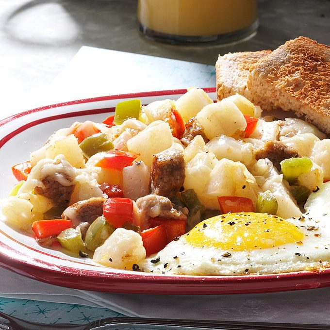 Sausage Breakfast Hash Exps149114 Sd2401786b02 16 6bc Rms 2