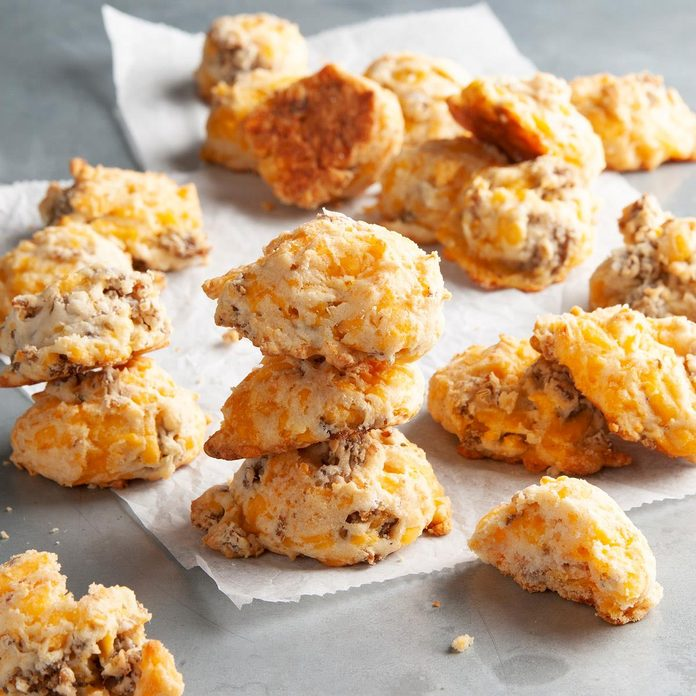 Sausage Cheese Puffs Exps Ft20 8311 F 1009 1 4