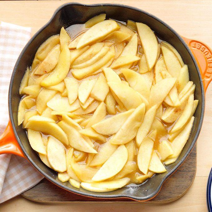 Sauteed Apples Exps Sdon17 16417 B07 07 11b