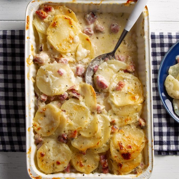 Scalloped Potatoes With Ham Exps Ft21 10277 F 0216 1 5