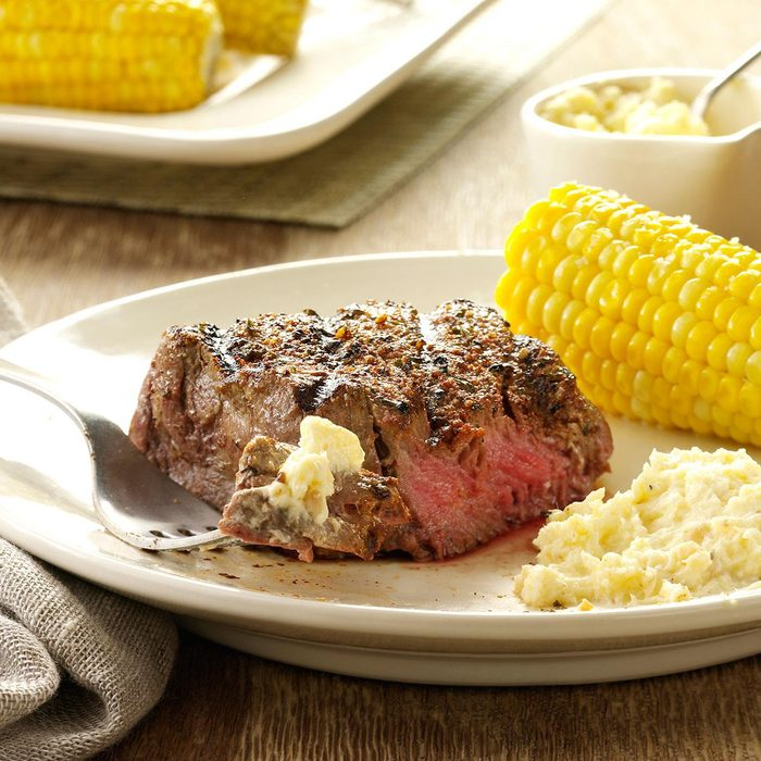 Seasoned Steaks With Horseradish Cream Exps66886 Sd143205a01 28 2bc Rms 2