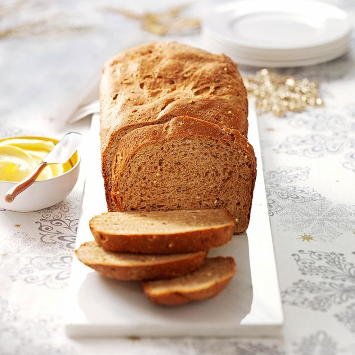 Seeded Whole Grain Loaf Exps63229 Thca2180111c03 03 1bc Rms 2