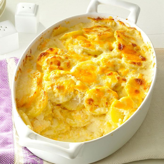 Sharp Cheddar Scalloped Potatoes Exps170452 Sd143203d10 16 5bc Rms 4