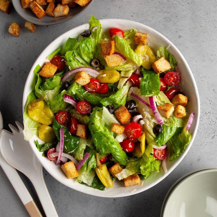 Simple Italian Salad Exps Ft20 25957 F 0624 1 2