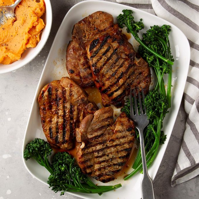 Simple Marinated Grilled Pork Chops Exps Ft20 49402 F 0311 1 3