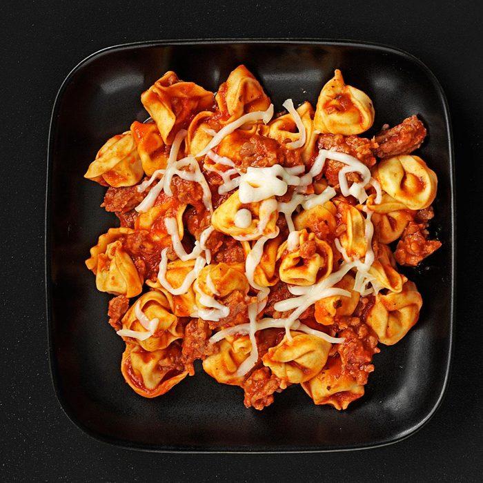 Simple Roasted Pepper Tortellini