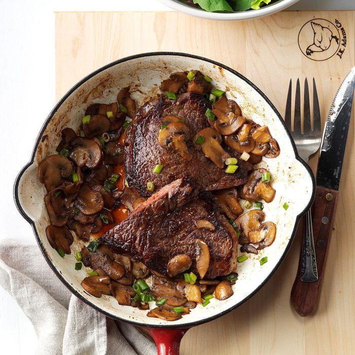 Skillet Steak Supper Exps Sdfm17 26101 C10 06 1b 7