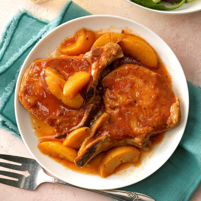 Slow-Cooked Peach Pork Chops