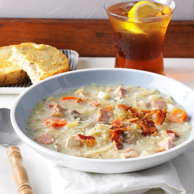 Slow Cooked Sauerkraut Soup Exps Hscbz18 7866 D08 16 5b 5