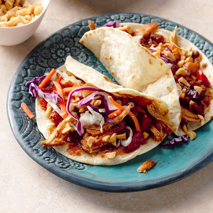 Slow Cooker Caribbean Moo Shu Chicken Exps Thd17 204702 B08 16 3b 3