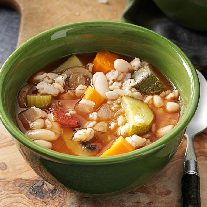 Slow Easy Minestrone Exps133384 Th2379801a07 13 3bc Rms 2