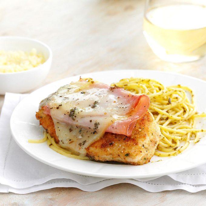 Smoked Mozzarella Chicken With Pasta Exps170758 Sd143205b01 24 6bc Rms 2
