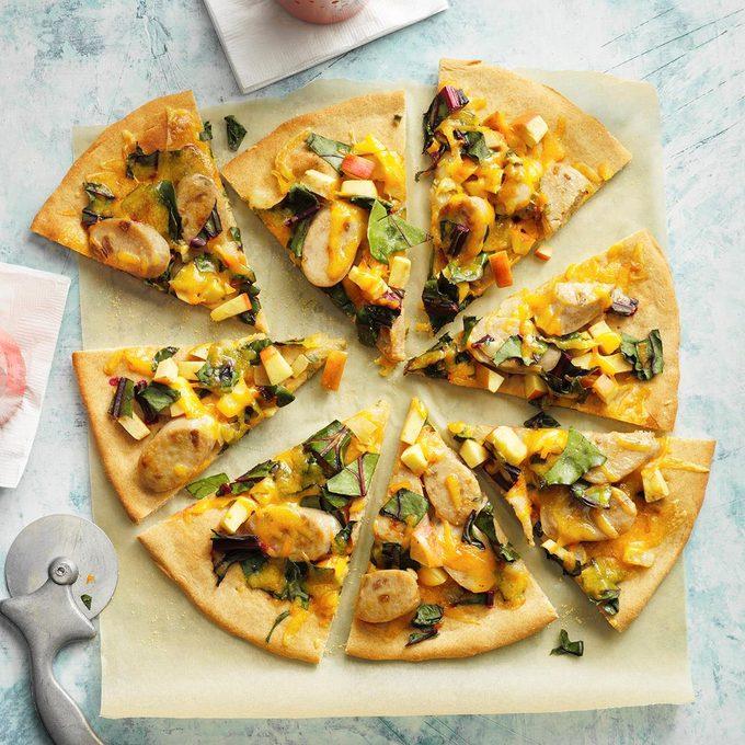 Smoky Sausage Apple Pizza Exps Fttmz21 86907 E03 02 6b