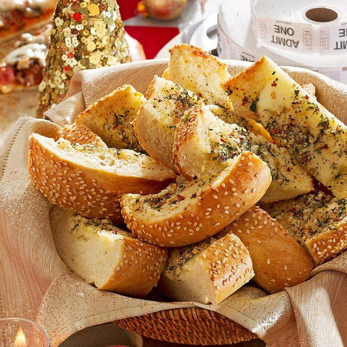 Snappy Garlic Bread Exps91487 Cwc2492080c01 24 4bc Rms 2