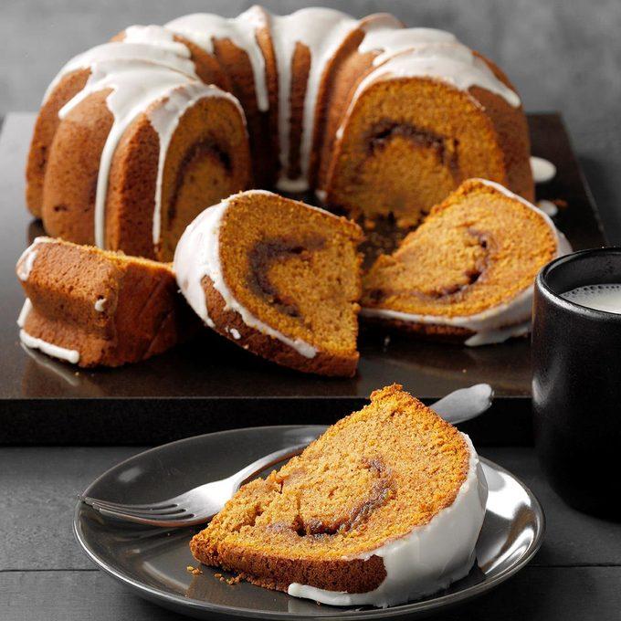Sour Cream Pumpkin Cake Exps Pcbz19 41398 E04 25 2b 2