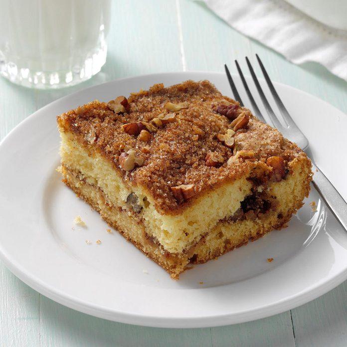 Sour Cream Streusel Coffee Cake Exps Bmz20 3426 B10 25 9b 2